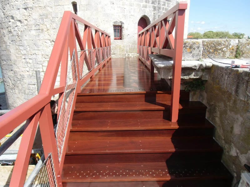 Passerelle - tour de la chaine à La Rochelle