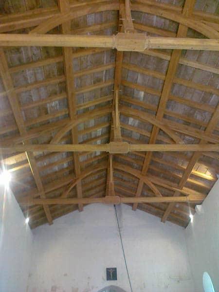 Charpente Eglise à Givrezac (17)