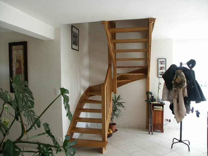Escalier en bois exotique - Mauléon (79)