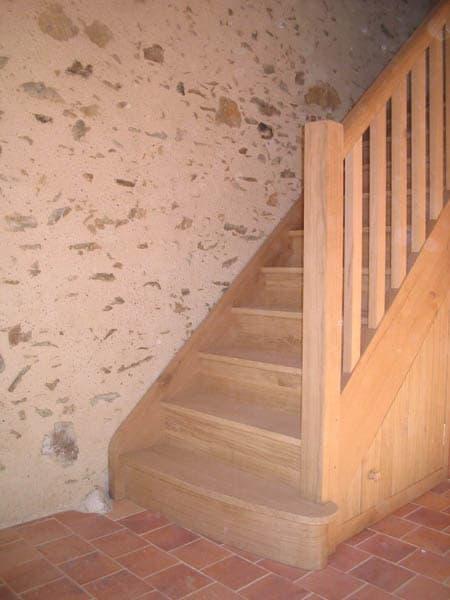 escalier en bois à la Forêt-sur-sèvre