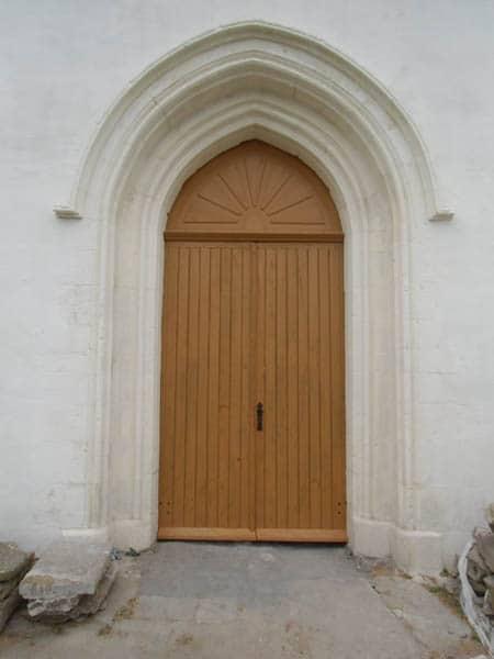 Porte d'église à l'Ile d'Yeu