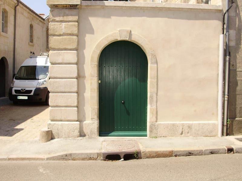 Porte de logis à Luçon (85)