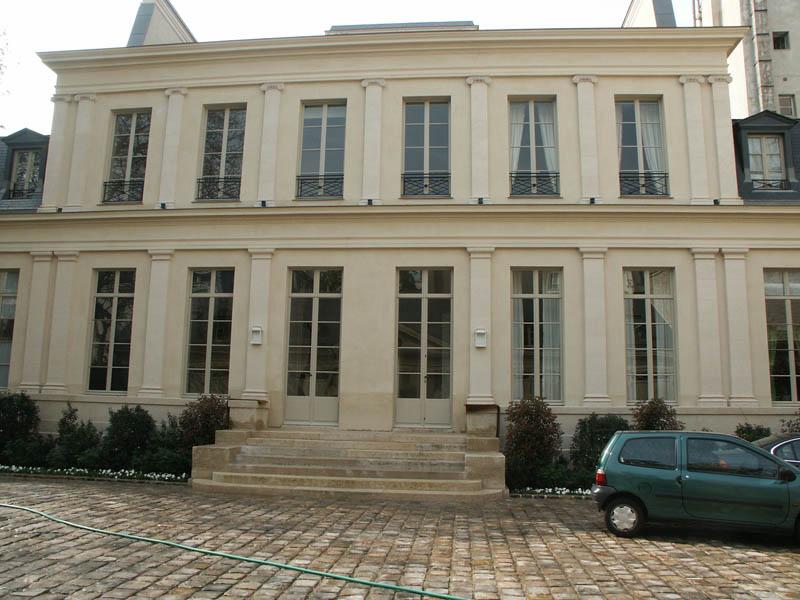 Volets battants persiennés à Paris 7e