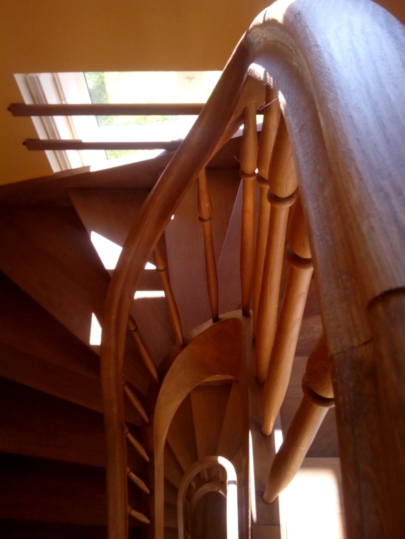 Escalier limon croche
